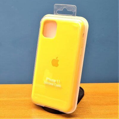 Накладка для iPhone 11 Silicone Cover Yellow
